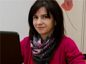 Dana (Martinescu) Gavankar